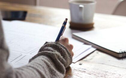hand at desk